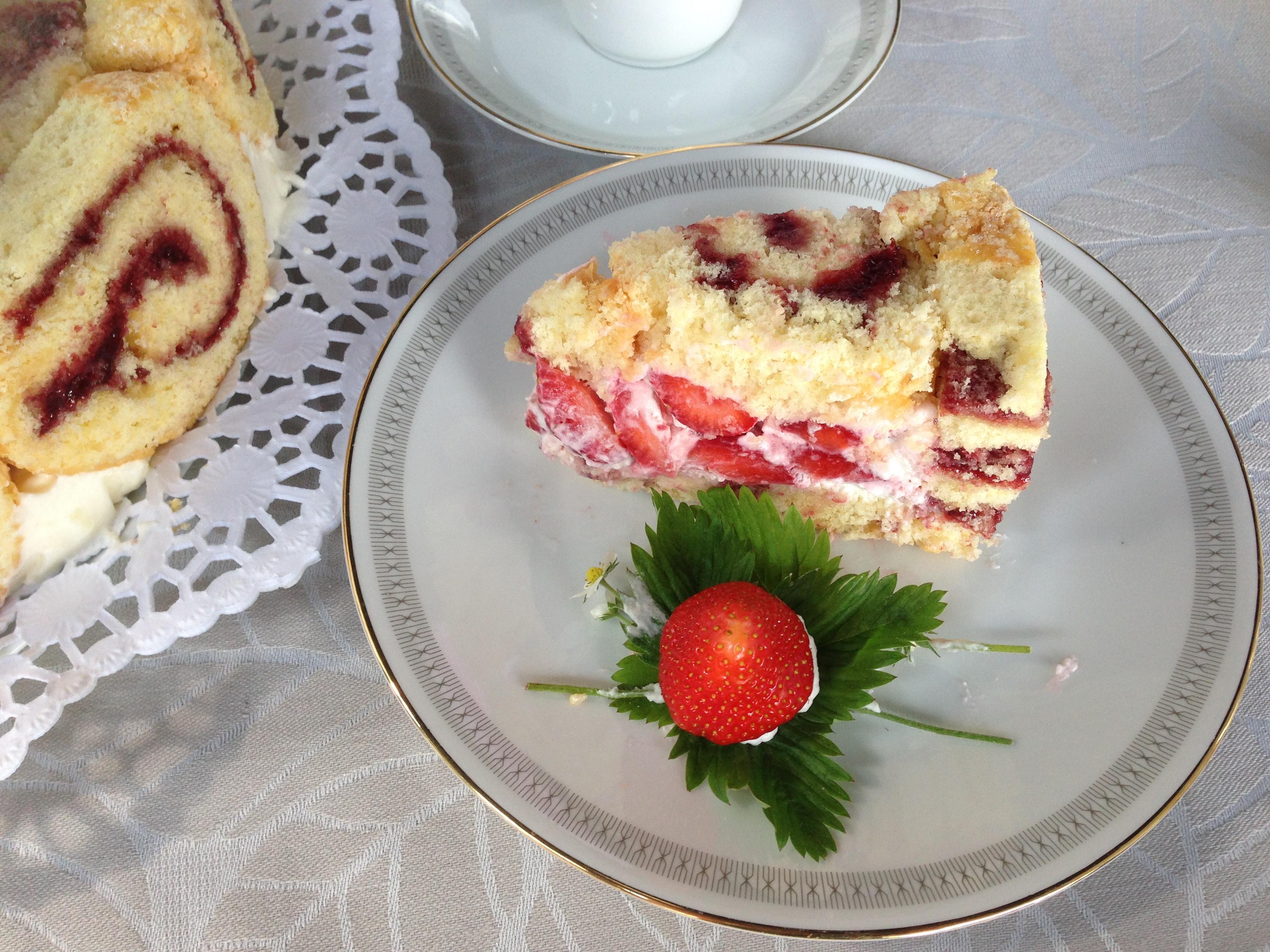 biskuitrolle torte mit erdbeeren archive claudias weltclaudias welt. Black Bedroom Furniture Sets. Home Design Ideas